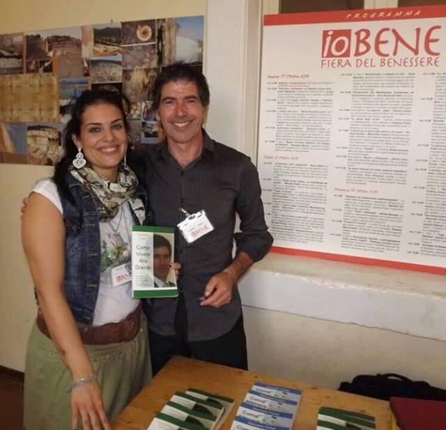 Con Barbara Reggiani (una gentilissima fan) a Io Bene, Verona (ottobre 2014)