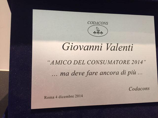 La targa del Codacons al Dottor Giovanni Valenti
