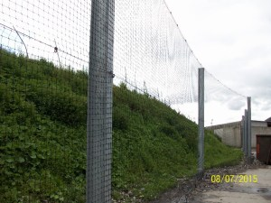 Litter control netting