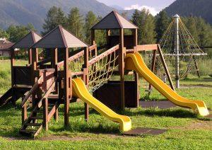 playground climbing rope walk