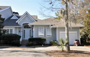Colony Club Villa $479,000 Waterfront 3BR, 3 BA