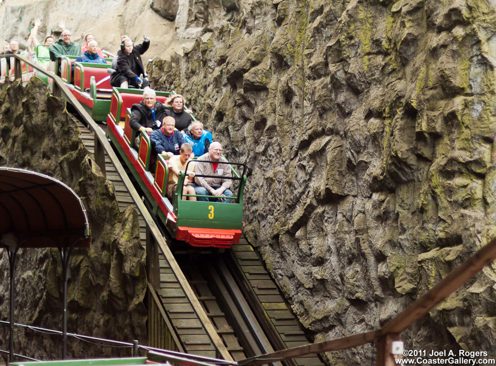 Rutschebanen roller coaster