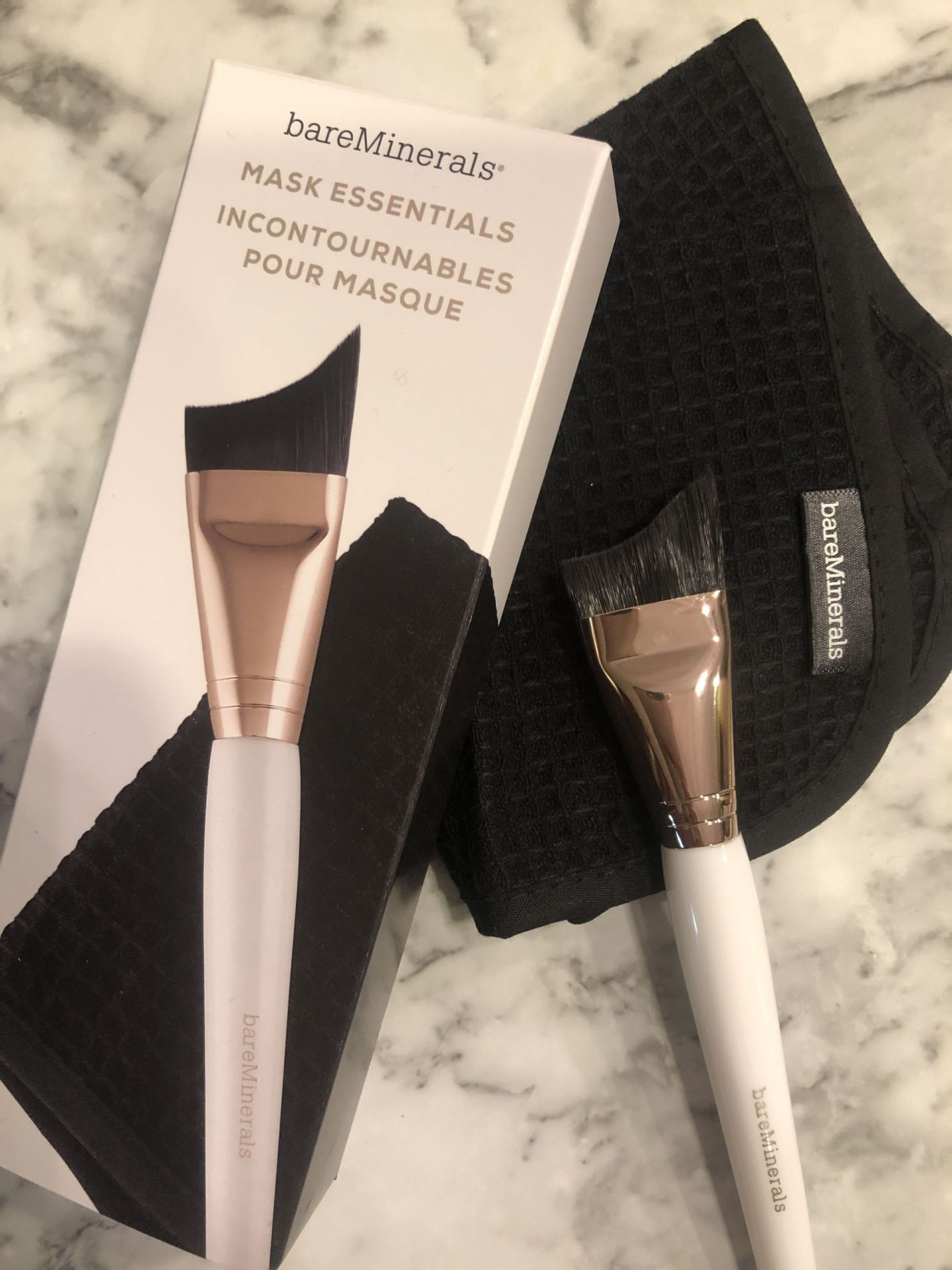 Bare Minerals Mask brush, Coast to Coast Friday Favorites