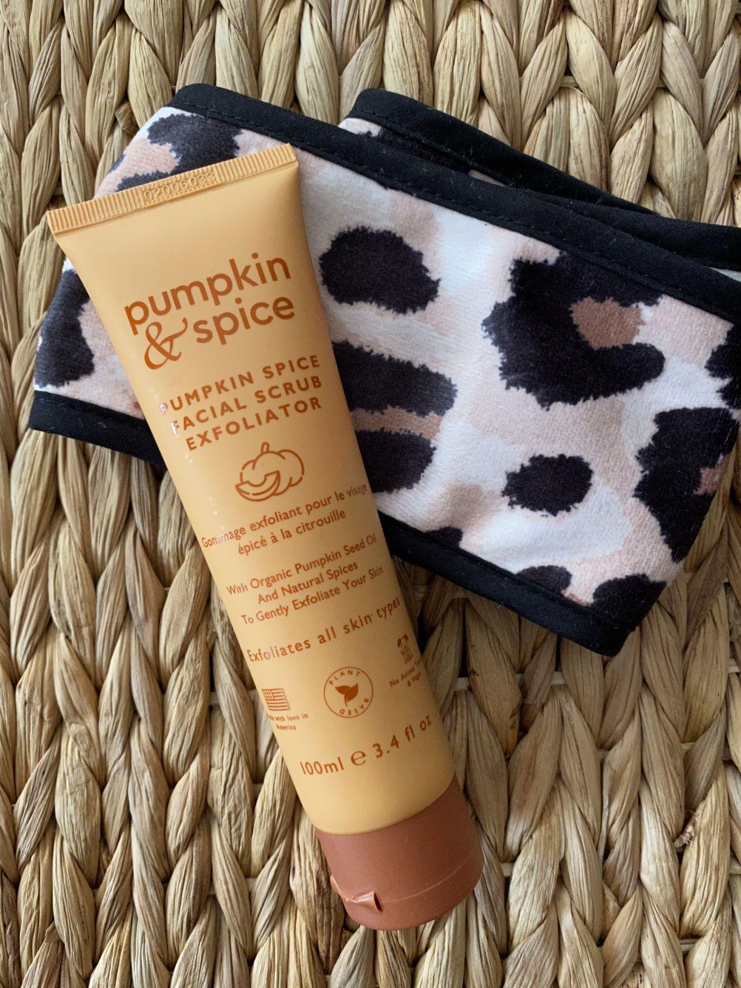 Pumpkin & Spice Exfoliator/Kitsch headband