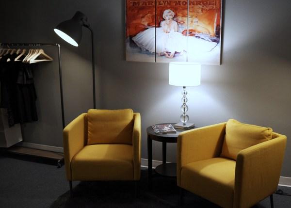 Studio Dressing Room - Cobalt Studios PDX