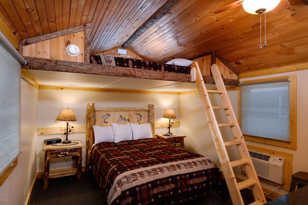 Cabins  Cobble Mountain Lodge
