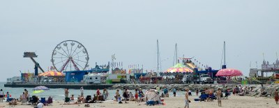 Midway on Cobourg Pier - July 1, 2005