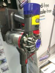 Costco-1133310-Dyson-V6-Animal –Cordless-Stick-Vacuum1
