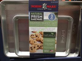 Costco-1071570-Nordic-Ware-3PC-Prism-Aluminum-Baking-Sheets-face