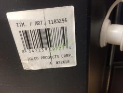 Costco-1183295-Igloo-Maxcold-62QT-Wheeled-Cooler-bar