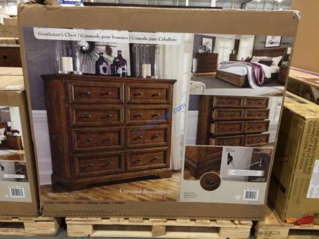 Costco-1119034-Universal-Broadmoore-Gentlemans-Chest-box