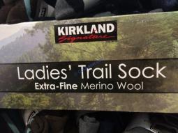 Costco-7547789-Kirkland –Signature-Ladies-Extra-Fine-Merino-Wool-Sock-name