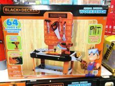 Costco-1220312-BLACK-DECKER-Junior-Builder-Workbench1