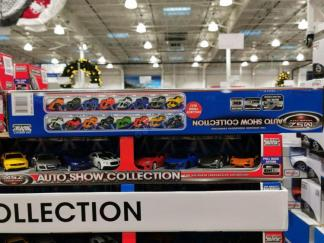 Costco-1266180-Auto-Show-Collection 4
