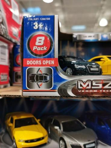 Costco-1266180-Auto-Show-Collection1