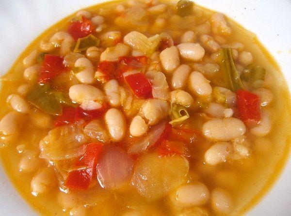 ALUBIAS BLANCAS CON VERDURAS  Cocina Casera y Facil