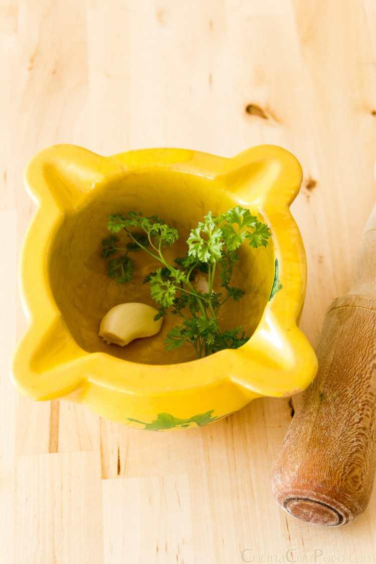pimientos del piquillo rellenos de bacalao y patata receta paso a paso