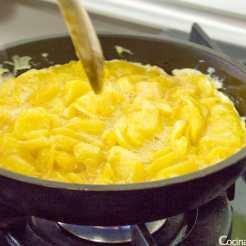 tortilla de patatas jugosa receta