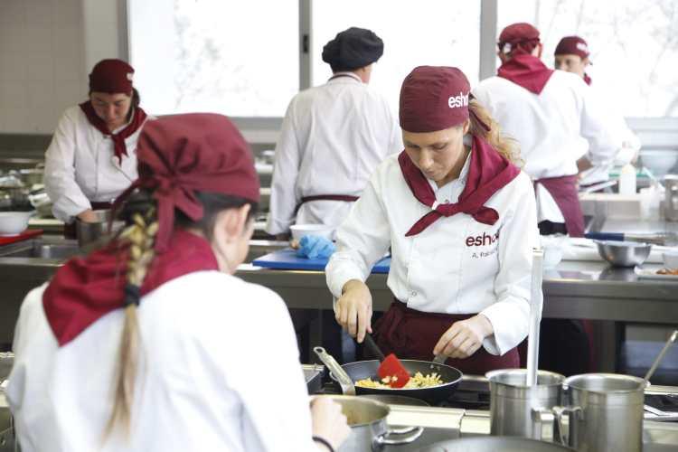 ESHOB Escuela de Cocina, Hostelería y Restauración