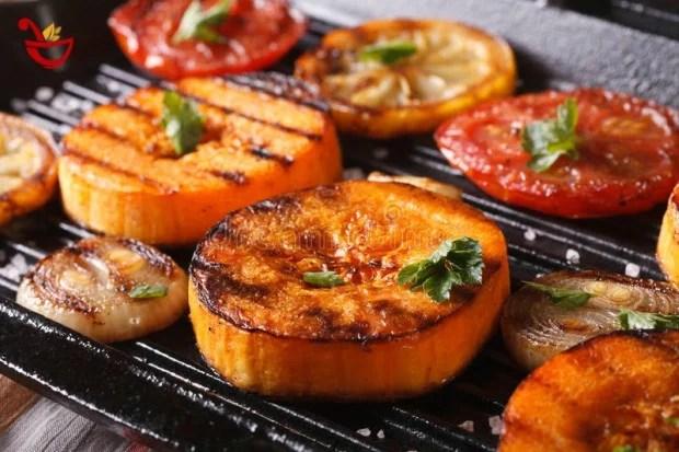 Como asar verduras a la parrilla en papel aluminio... Leer mas en www.cocinaeficaz.com/como-asar-verduras-a-la-parrilla-en-papel-aluminio/