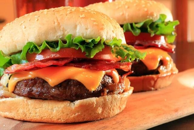 hamburguesa americana clasica receta
