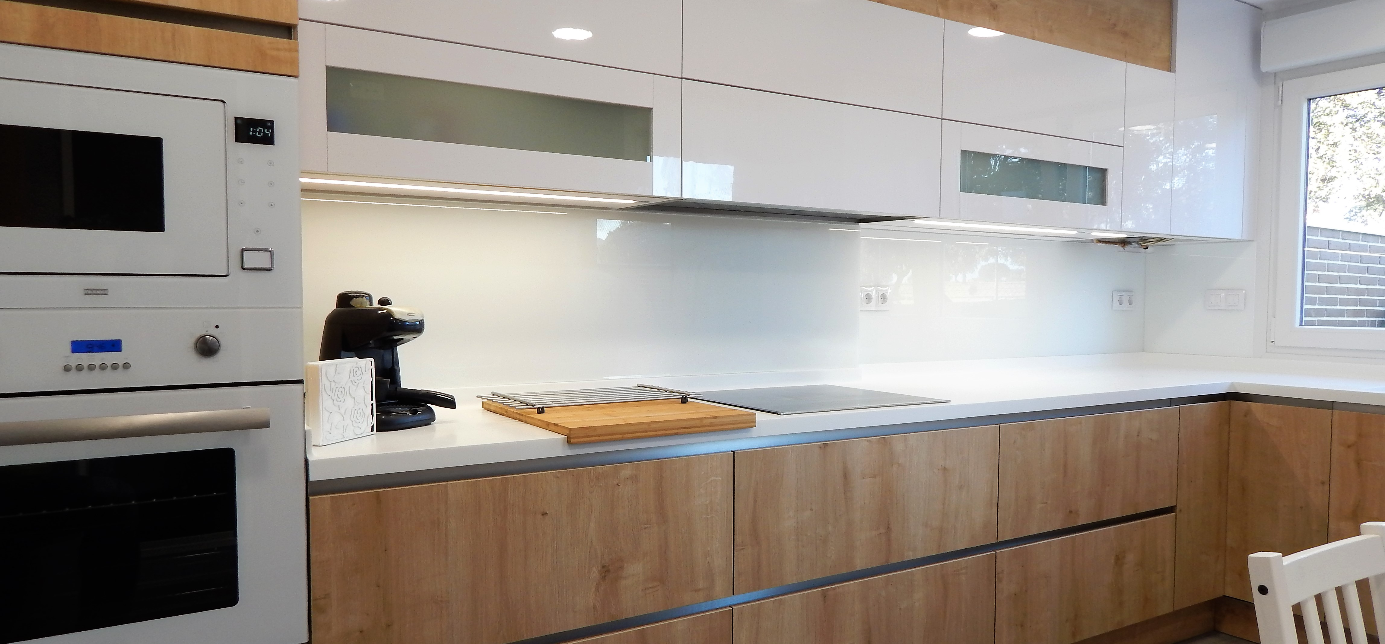 Muebles de cocina en madera de roble y blanco  cocinasalemanascom
