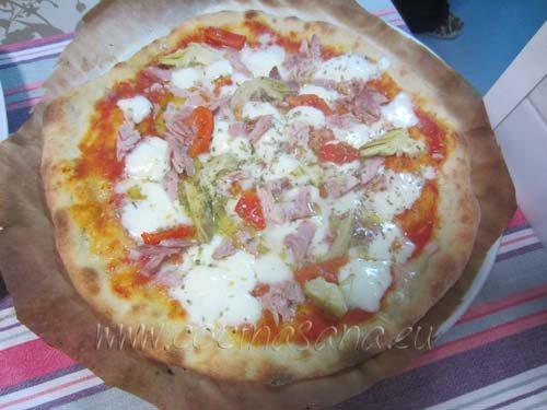Pizza con Alcachofas y Jamón