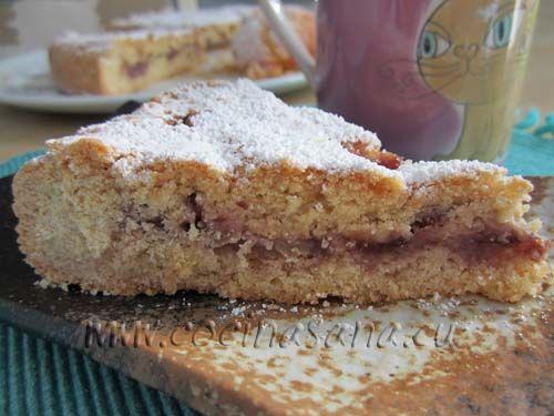 La crostata de mi abuela: muuuuy buena!, una receta muy clásica y muy sencilla rellena de dulce de membrillo y pan suave