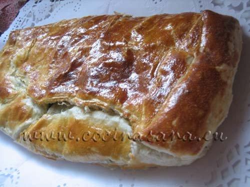 Hornea a 180-200ºC (horno precalentado!) durante 30-40 minutos hasta que el pan esté listo debe tener una cobertura dora y crujiente