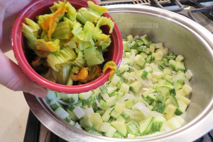 Agregar la Flor de calabaza a la preparación