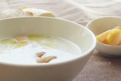 Sopa Fría de Almendras