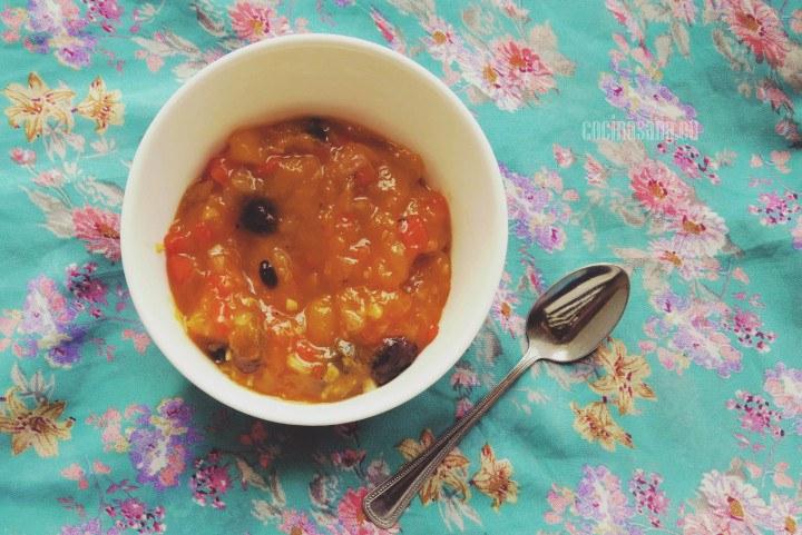 Chutney elaborado con mango fresco y especias