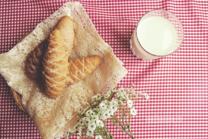 Elotes relleno con mermelada o con pasta dulce.