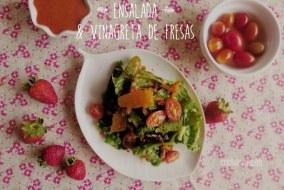 Ensalada con Vinagreta de Fresas - Receta Fácil y Saludable