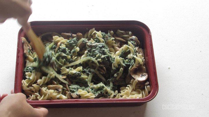 Combinar los Ingredientes de la Pasta