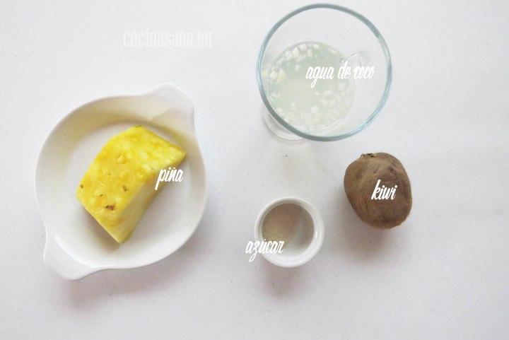 ngredientes para el Jugo de Piña y Kiwi