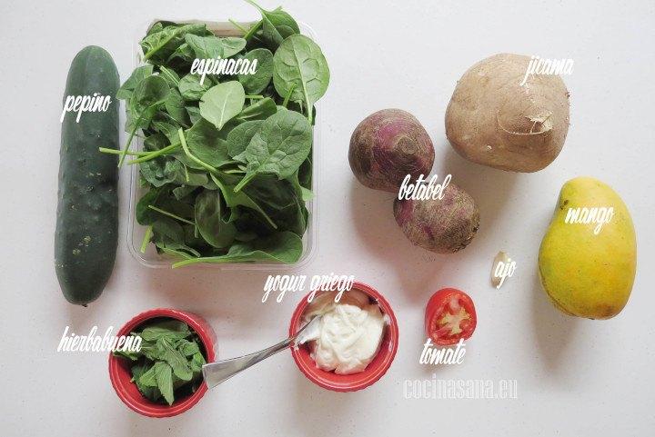 Ingredientes para la Ensalada de Espinacas, Jícama y Aderezo de Pepino