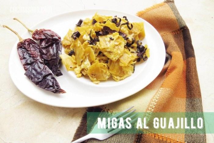 Migas con Chile o Migas Guajillo
