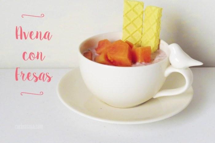 Avena Reposada con yogur y fresas