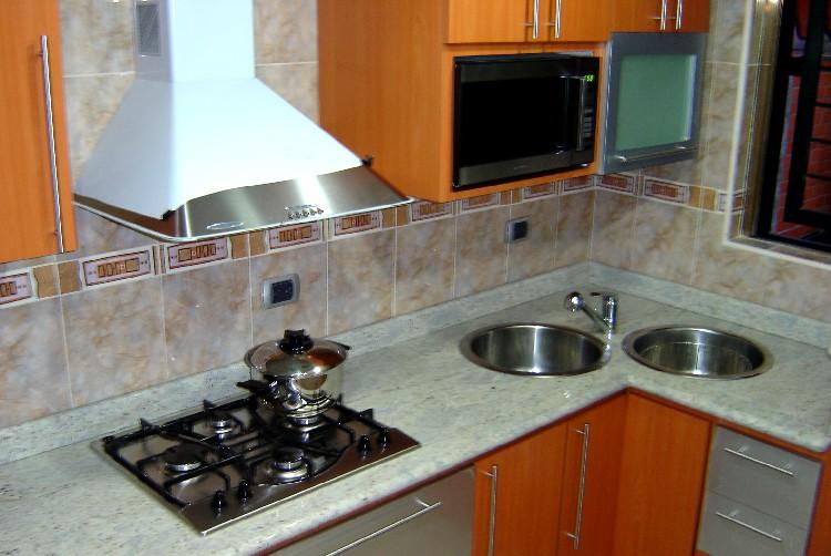 Fotos de cocinas empotradas en concreto  Imagui