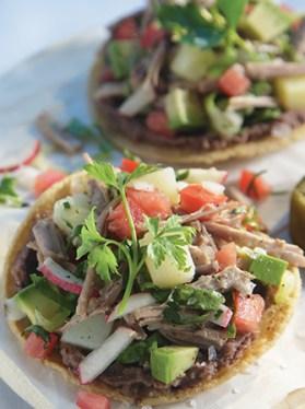 Receta de tostadas de salpicón de res - Recetas de la cocina mexicana