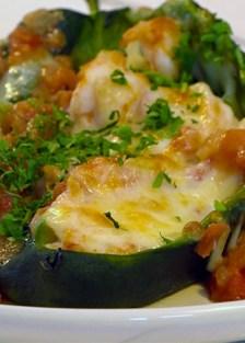 chiles rellenos con camarones y queso gratinados al gratín