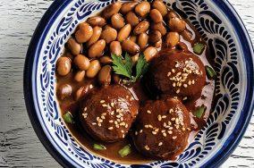 Receta de Pechugas de pollo rellenas con rajas de chile