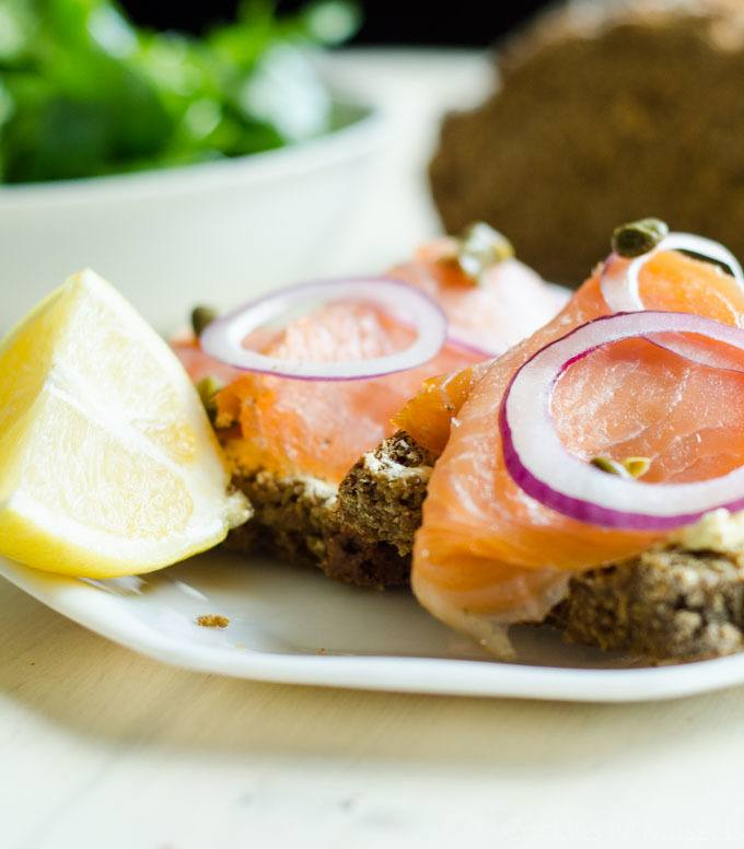 smoked salmon on brown irish soda bread