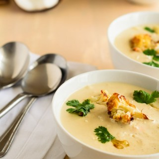 caramelised cauliflower and coconut soup http://www.cocklesandmussels.com/