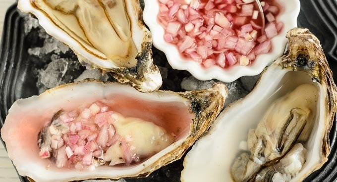 classic shallot and red wine mignonette