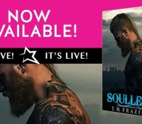 Blog Tour Review & Giveaway:  Soulless by T. M. Frazier