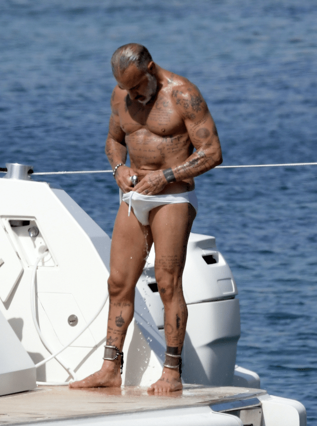 MAN CANDY: Italian Millionaire Gianluca Vacchi Hangs Out with His Wang Out at the Beach - Cocktailsandcocktalk