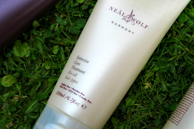 Cocktails in Teacups Neal & Wolf Summer Solstice Gift Set Review Harmony Intensive Care Treatment