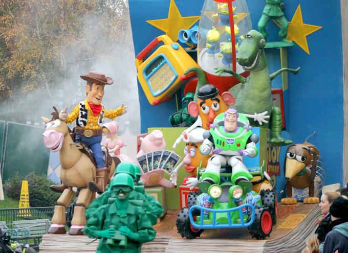 Cocktails in Teacups Disney Life Parenting Travel Blog Disneyland Paris Disney Magic on Parade Toy Story